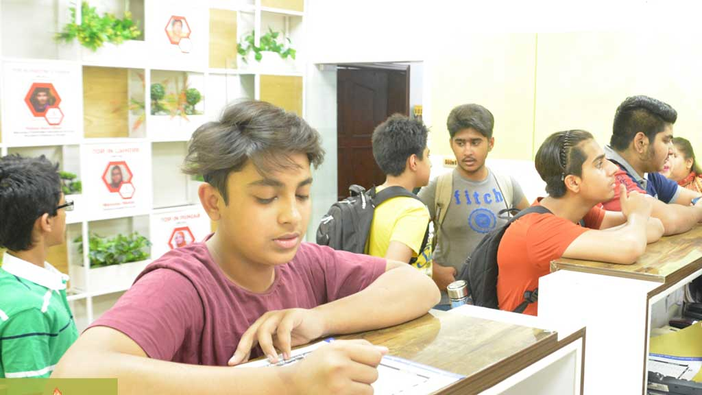 greenhall-academy-Johar-town-campus-3